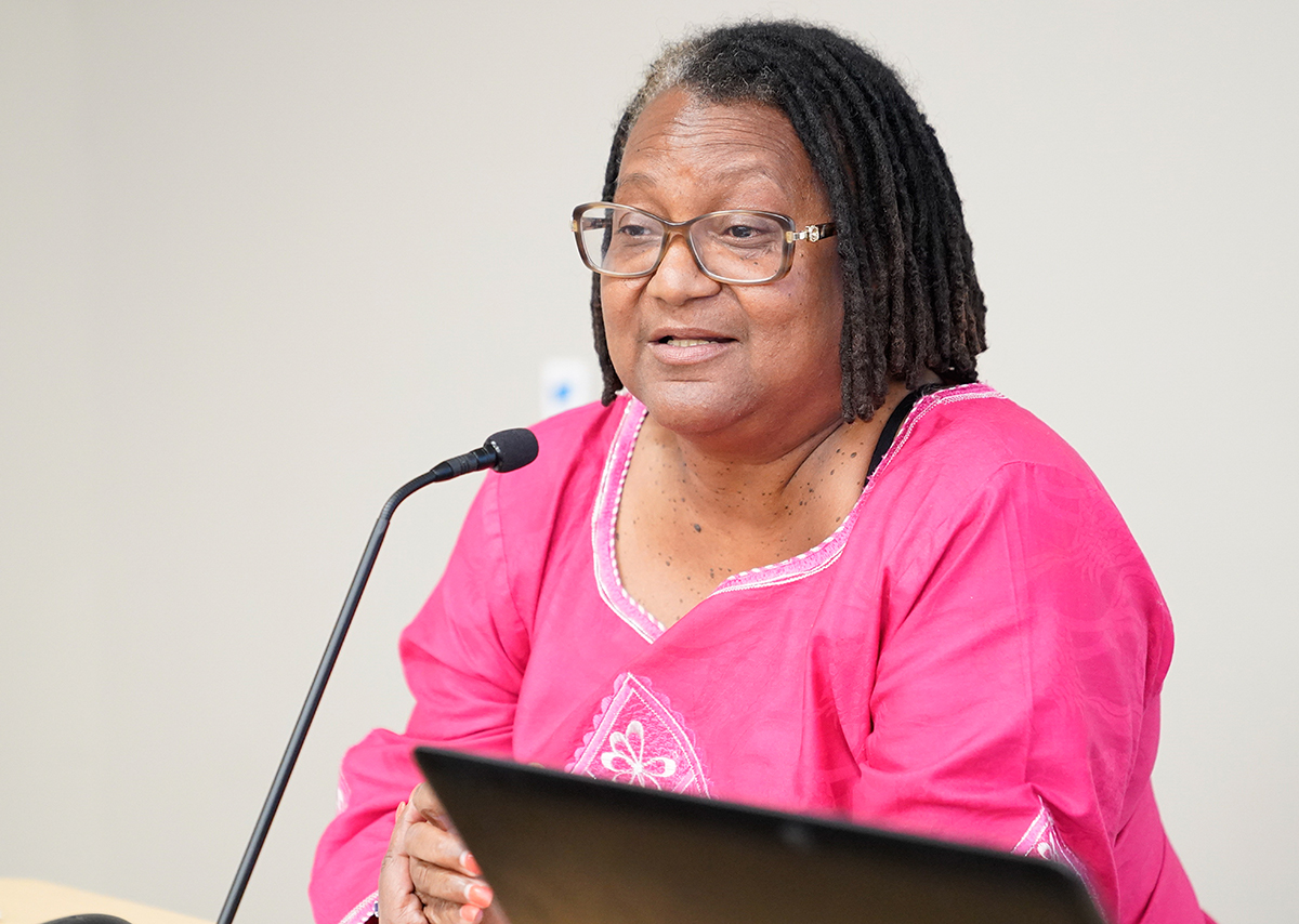 Dr. Pamela Payne-Foster, deputy director of the UA Institute for Rural Health Research, in the College of Community Health Sciences, provides a presentation on Project F.A.I.T.T.H, a faith-based anti-stigma initiative for treating HIV/AIDS.
