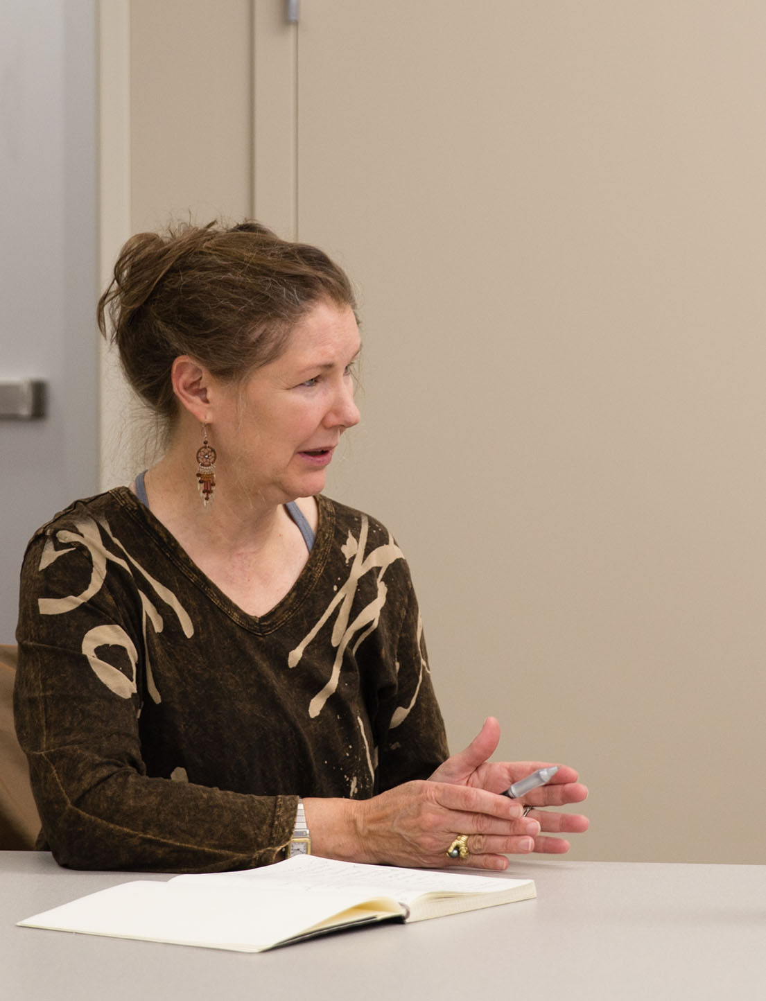 UA instructor Dr. Chapman Greer shares information about a project her class in business communications is conducting.